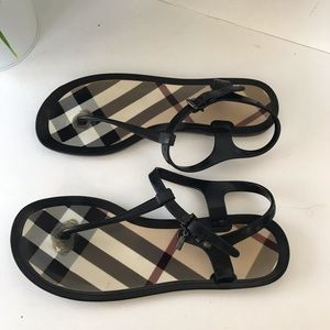 BURBERRY THONG SANDALS